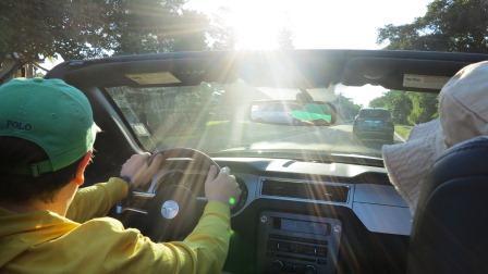 Fahrt mit Mustang Cabrio